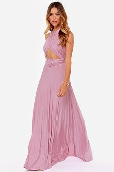 The Tricks of the Trade Mauve Maxi Dress knows a trick or two! Long fabric lengths wrap into several bodice styles attached to a maxi-length skirt. Sexy Maxi Dress, Dress Skirt, Wrap Dress, Dressy Dresses, Prom Dresses, Long Dresses, Wedding Dresses, Mauve Dress, Lavender