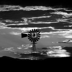 black and white wind mill fan