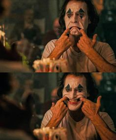 🃏🎥 Joaquin Phoenix As The 🃏 Joker🎥 Joker Make-up, Joker Film, Der Joker, Joker And Harley Quinn, Joker Heath, Joaquin Phoenix, Joker Frases, Joker Quotes, Joker Iphone Wallpaper