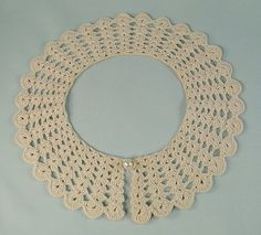 Hey, I found this really awesome Etsy listing at https://www.etsy.com/listing/257705345/vintage-crochet-collar-natural-ecru