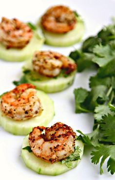 Low Carb Blackened Shrimp with Crispy Chilled Cucumbers - these spicy shrimp have the heat of blackening seasoning, offset by the cool crispy crunch of the cucumbers. A fantastic appetizer that's both easy and elegant! {From Ally's Kitchen cookbook} Healthy Snacks, Healthy Eating, Healthy Recipes, Healthy Appetizers, Diet Recipes, Recipies, Snack Recipes, Appetizers For Party, Appetizer Recipes