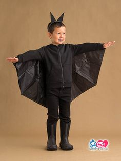 51 Kid Halloween costumes that are easy to make These costumes are faster than the lineup at the party store and easier than one of those fancy pumpkin-carving stencils. Corn Costume, Bat Halloween Costume, Easy Homemade Halloween Costumes, Halloween School Treats, Bat Costume, Halloween Costumes For Kids, Costume Ideas, Halloween Punch, Costumes Kids