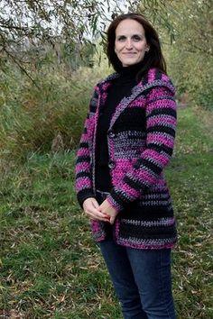 Hřejivý svetr pro mamku   - NÁVODY NA HÁČKOVÁNÍ Men Sweater, Sweaters For Women, Crochet Shirt, Cardigan, Needlework, Turtle Neck, Sewing, Shirts, Inspiration