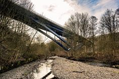 Spaziergang zu Ostern  #omd #em1 #olympus #olympusomd #instagood #instalike #instadaily  #pictureoftheday #art #badlauterberg #lauterberg #oder #spaziergang #hike #harz #baum #tree #mirror #spiegelung #wasser #water #bridge #brücke