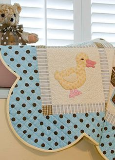 baby quilt very pretty