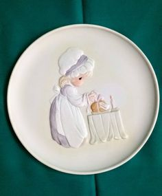 """Precious Moments """"Loving Thy Neighbor"""" Collectors Plate/Precious Moments Mother's Love Series/Vintage Precious Moments Plate by NatomisTreasures on Etsy"""