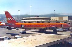 Braniff International Douglas DC-8-62CF N1807 at Los Angeles-International, circa 1980. (Photo: Markus Buttinger, Copyright: Braniff Flying Colors Collection)