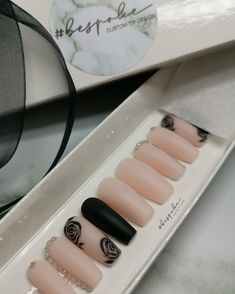 Nude coffin nails with black accent rose nail art and rhinestones in matt Rose Nail Art, Rose Nails, Black Accents, Press On Nails, Coffin Nails, Rhinestones, Nail Polish, Nude, Luxury