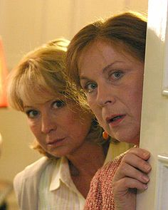 I love Rosemary Thyme (Felicity Kendal and Pam Ferris) - so fun! Also: Murder mystery + gardening + grand dames of acting + Land Rover = a very English show Pbs Mystery, Mystery Show, Mystery Books, Felicity Kendal, Bbc Tv Shows, Midsomer Murders, Hercule, Tv Detectives, Best Mysteries