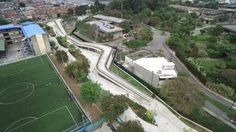 Galeria de Como Medellín transformou seus reservatórios de água em verdadeiros parques públicos - 23