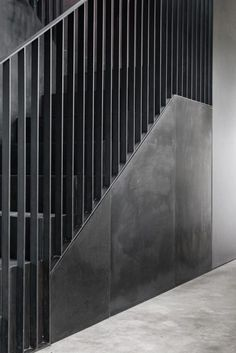 Brick Barns Ndash Mclarenexcell Wn Auml Trza Dom In 2019 Entryway Stairs Staircase Handrail, Stair Railing Design, Staircase Ideas, Banisters, Entryway Stairs, House Stairs, Steel Stairs, Steel Railing, Stair Detail