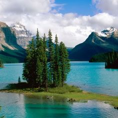 Lake/mountains...too cool!!