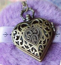 I love lockets