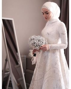 red and white gothic wedding dresses Muslim Wedding Gown, Hijabi Wedding, Muslimah Wedding Dress, Muslim Dress, Pakistani Wedding Dresses, Modest Wedding Dresses, Bridal Dresses, Dress Wedding, Muslim Hijab