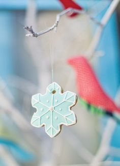 snowflake-cookie-ornament