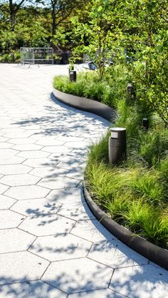 The raised metal edging and light location is great.