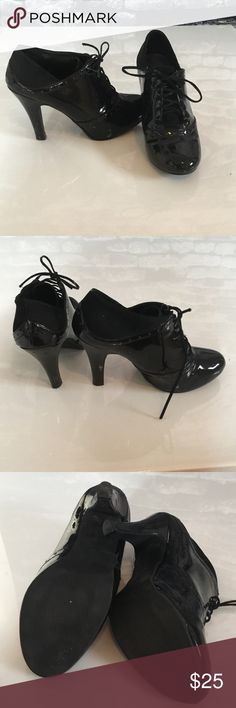 🚛SALE🚛Lace Up Booties 4 inch heel, minor scuffs on heel and as shown in pics from wear FIONI Clothing Shoes Ankle Boots & Booties