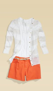 Whether you wear them with heels or flip-flops, these cotton-blend shorts will be your new warm weather go-to.