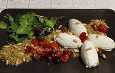 Mousse+di+bufala+con+crumble+di+pane+e+basilico