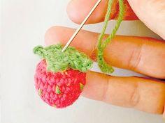 Tutoriel DIY: Comment crocheter une mûre et une fraise via DaWanda.com