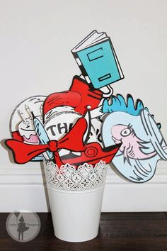 more on the website so cool!! || Dr. Seuss Inspired Party Photo Booth Props Package: (Printable Edition)