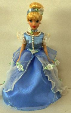 """Cinderella Blue Ball Dress Porcelain Doll  8"""" with stand   E8"""