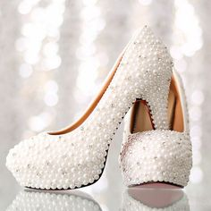 82.32$  Buy now - http://alimhr.worldwells.pw/go.php?t=1553670643 - Luxurious Imitation Pearl Rhinestone Wedding Shoes White High Heel Bridal Dress Shoes Platform Lady Single Shoes Gorgeous Shoes 82.32$