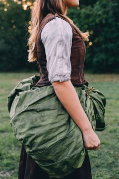 Ball gown transformation: Green Peasant Overskirt Cinderella Transformation Dress by Sumalee Eaton Cinderella Broadway, Cinderella Costume, Cinderella Dresses, Broadway Costumes, Theatre Costumes, Cool Costumes, Diy Dress, Costume Dress, Costume Design