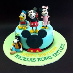 Fondant 3D Mickey & Friends  Online personalize your magical birthday cake to loved one & friend in Kuala Lumpur, Selangor, Johor, Penang, Malaysia. CakeDeliver.com