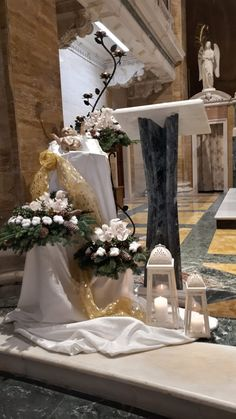 Christmas Flower Decorations, Flower Ideas, Table Decorations, Flowers, Home Decor, Christmas Decor, Church Altar Decorations, Nativity Sets, Decoration Home