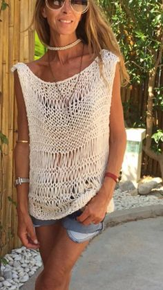 Best 12 cream Loose knit sweater tank loose knit Cotton Sweater OOAK – Page 784681935059729249 Loose Knit Sweaters, Summer Sweaters, Cotton Sweater, Knitting Sweaters, Double Knitting, Hand Knitting, Knitting Patterns, Crochet Patterns, Débardeurs Au Crochet