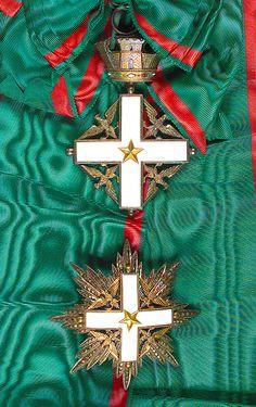 Order of Merit of the Italian Republic type) – Knight Grand Cross set of Insignia Military Pins, Military Orders, Grand Cross, Royal Art, The Royal Collection, Maltese Cross, Arts Award, Chivalry, Anglo Saxon