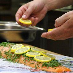 #Salmon cooked in #newspaper today on the blog! #lachs in der #zeitung Die Bild-für-Bild #anleitung gibt's heute im #blog #steffenhenssler #hennslersküche #foodgasm #foodpic #instafood #foodies #foodie #foodshot #foodstagram #instafood #photooftheday #picoftheday #testesser #graz #steiermark #austria