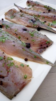 Do you know the gravelax? Asian Fish Recipes, Whole30 Fish Recipes, White Fish Recipes, Easy Fish Recipes, Meat Recipes, Pasta Recipes, Healthy Eating Tips, Healthy Salad Recipes, Healthy Breakfast Recipes