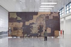 Dieter Roth (Studio-floor from Mosfellsbaer, Iceland) 1973 - 1992 Artist Art, Artist At Work, Dieter Roth, The Artist's Way, Book Sculpture, Art Studios, Installation Art, Mixed Media Art, Landscape Paintings