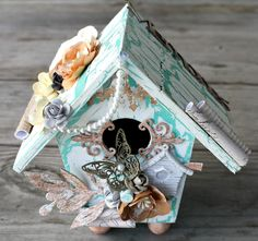 Msliberty Creations: Altered Vintage Box and Birdhouse for Imaginarium Designs Altered Boxes, Altered Art, Paper Art, Paper Crafts, Diy Crafts, Craft Projects, Projects To Try, Craft Ideas, Bird Boxes