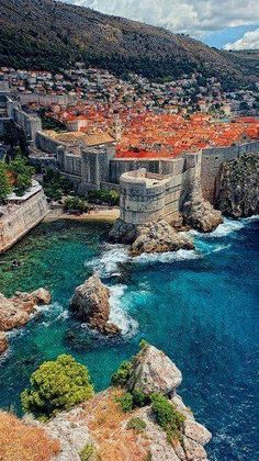 I have also went to Dubrovnik, Croatia. This was an entire city inside of a castle. Dubrovnik was really in a bad situation in 1992 to 1995 because they were in a war against Kotor. The whole city was bombed and destructed in some places. Places Around The World, Travel Around The World, Around The Worlds, Places To Travel, Places To See, Travel Destinations, Croatia Destinations, Holiday Destinations, Voyage Europe