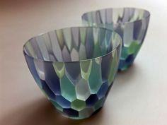 松尾一朝/ハニカムぐい呑み Glass Ceramic, Mosaic Glass, Glass Vase, Art Nouveau, Fused Glass Art, Unique Home Decor, Glass Design, Beautiful Interiors, Cut Glass