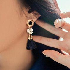 New bride without ear pierced lady's earring – Benovafashion Round Earrings, Unique Earrings, Beautiful Earrings, Crystal Earrings, Clip On Earrings, Women's Earrings, Nose Jewelry, Heart Jewelry, Types Of Ear Piercings