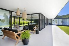 Contemporary Home in Queensland, Australia – design by Sarah Waller Design, Architecture + Interior