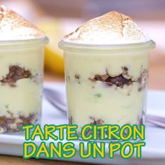 Lemon tart in a verrine - Dessert Recipes Quick Dessert Recipes, Fun Easy Recipes, Fudge Recipes, Lemon Desserts, Köstliche Desserts, Andes Mint Fudge Recipe, Cakes That Look Like Food, Dessert Shots, Tasty Videos
