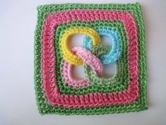 Video on how to do baby rings granny square Квадрат с кольцами Square motif with rings Crochet - YouTube