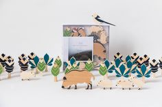 The hillsides forest set Construction toys and role play Let's go for a trip to the forests around Budapest and learn about the typical animals, tr...