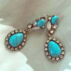 Gorgeous turquoise earrings From a local providence, Rhode Island boutique! Super stunning Jewelry Earrings