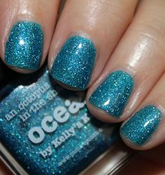 piCture pOlish 'Ocean' mani creation by Vampy Varnish!  Buy on-line now:  www.picturepolish.com.au