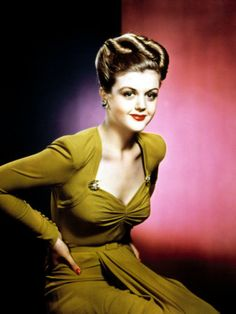 Fashions from the 40s.  Love her as Jessica Fletcher on Murder She Wrote.