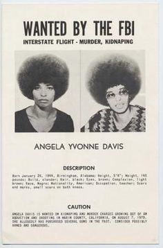 Angela Davis, former member of the Black Panthers and the Communist party… Angela Davis, Black History Facts, Black History Month, Black Panther History, Black Power, Non Plus Ultra, Black Panther Party, By Any Means Necessary, Power To The People