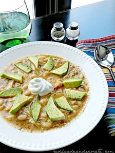 Easy, and good for you…Chicken Chili recipe from my kitchen to yours! ~ Julie redheadcandecorate.com