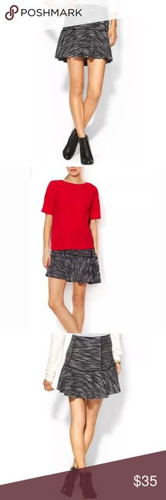 DV Dolce Vita Tweed Boucle Flare Mini Skirt Woven cotton-blend tweed skirt Flare hem Contrast solid trim throughout Elastisized band at waist Tonal top stitching and panel seaming Material: 60% polyester, 40% cotton combo Brand: DV by Dolce Vita Origin: Imported DV by Dolce Vita Skirts Mini
