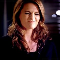 Kate Beckett - Stana Katic. Lol. She looks pretty even doin this face how is this possible?